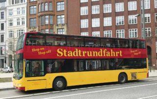 Stadtrundfahrt – Hop On Hop Off – Classic Linie C – Die rot-gelben Doppeldecker